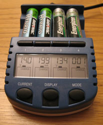 lacrosse-techology-bc-900-alphapower-battery-charger.jpg
