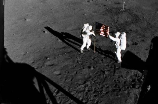 apollo space footage - photo #43