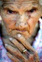 http://www.boingboing.net/images/_us.yimg.com_p_ap_20050303_capt.sao20103031937.brazil_oldest_woman_sao201.jpg