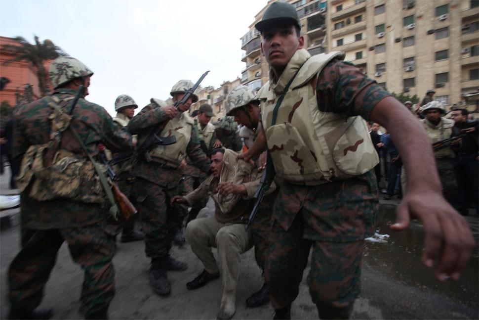 القوات المسلحه المصريه.(شامل) - صفحة 2 Egypt_army