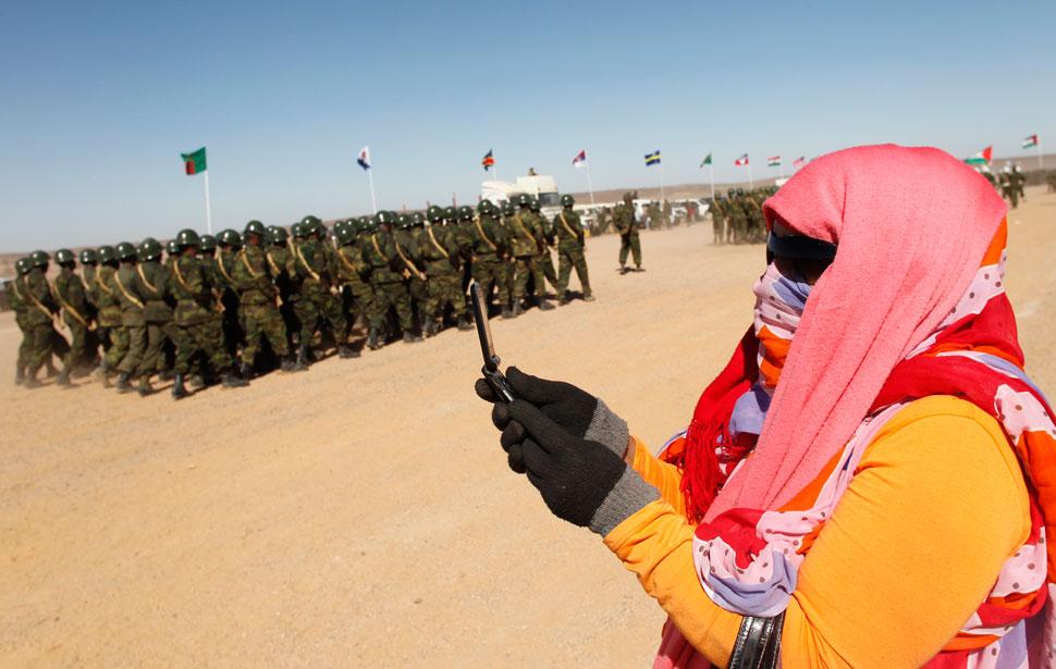 Sahrawi snapshot in the sahara boing boing for Xeni jardin husband