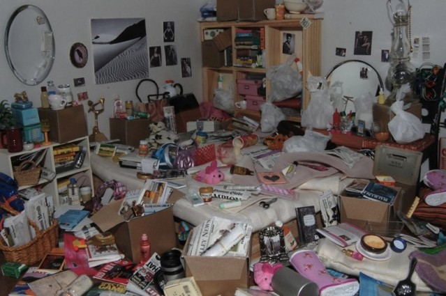 Dollhouse version of a hoarder 39 s house boing boing - Bbs dollhouse ...
