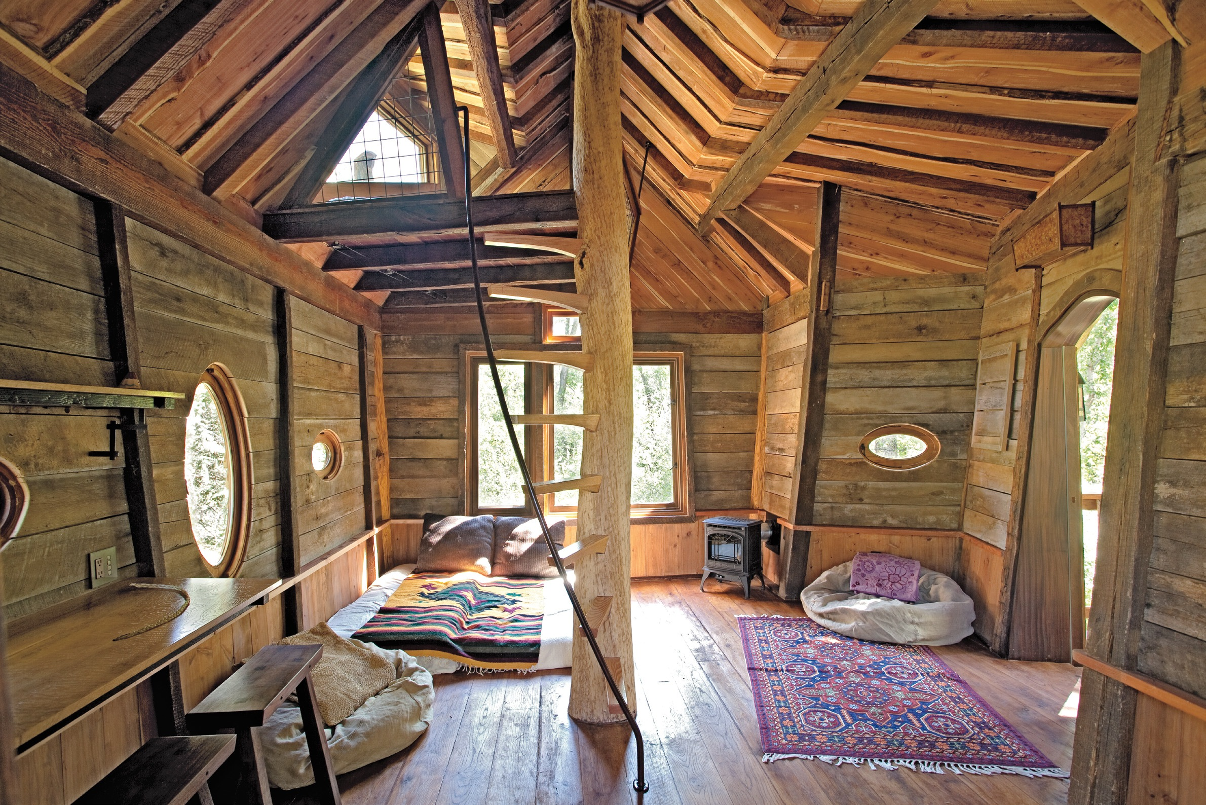 Th 152 153 image for Tiny house interieur