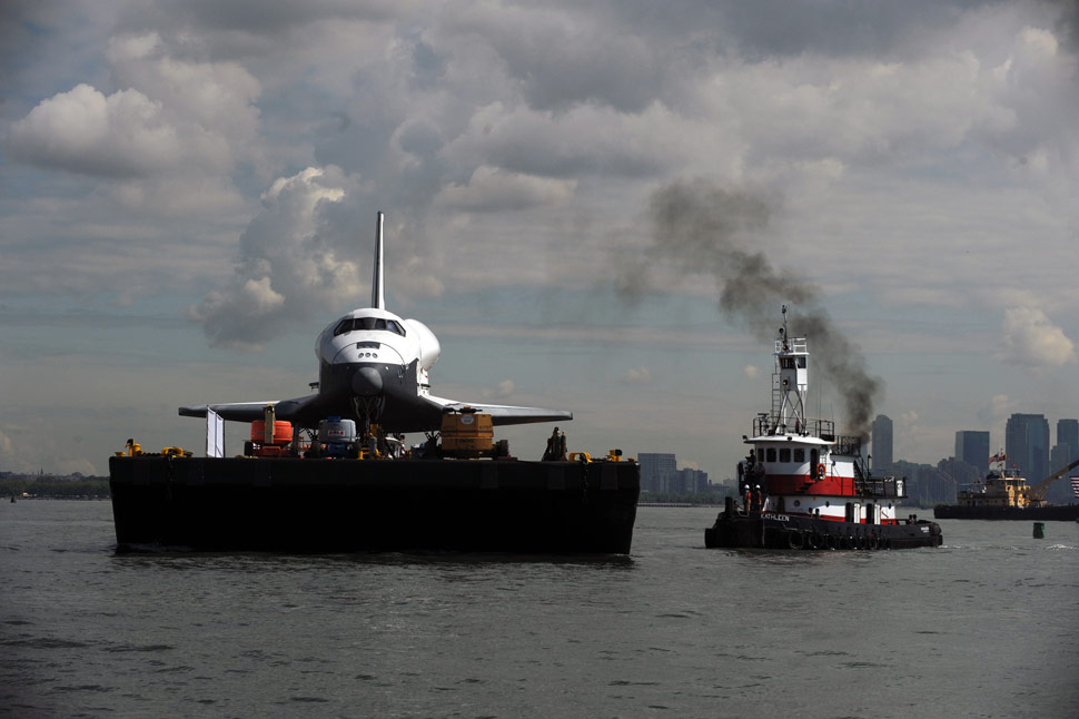 Space Shuttle Enterprise floats to a new home: New York's ...