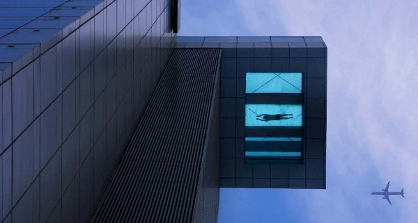 Clear Bottomed Swimming Pool Atop Skyscraper Boing Boing