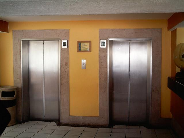 Car Elevator Apartment New York