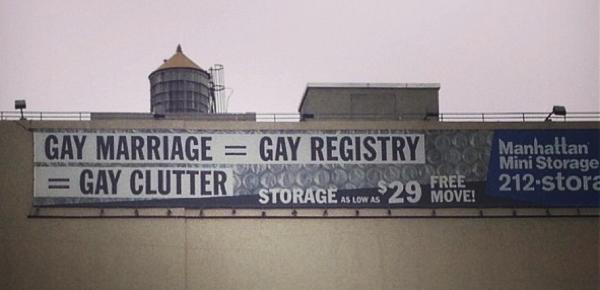 Gayclutter