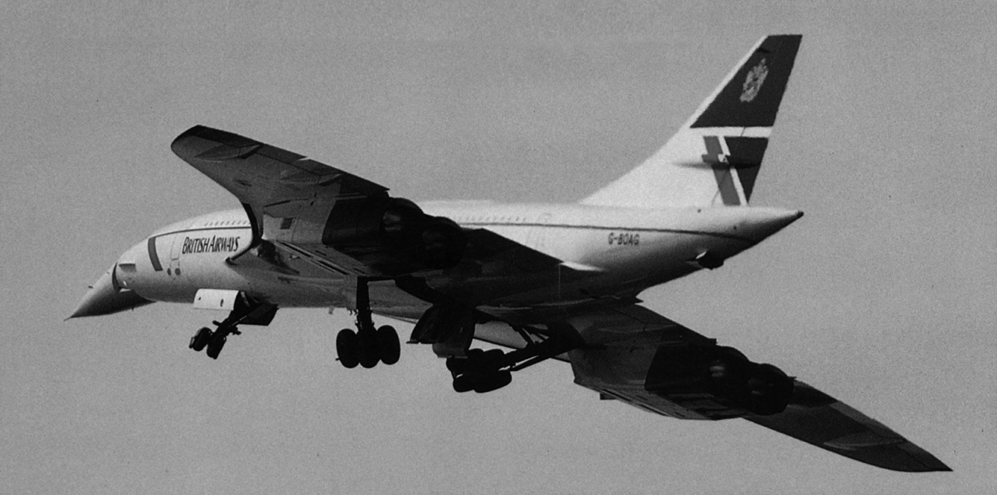 landing-gear-upBW